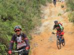 Uji Adrenalin Pesepeda di Nongsa Cycle 2015