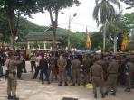 BREAKING NEWS: Paripurna HUT Kota Jambi Diwarnai Demo