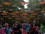 festival-payung-indonesia_20150913_192336.jpg