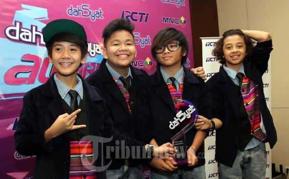 Coboy Junior Syuting Film di Korea
