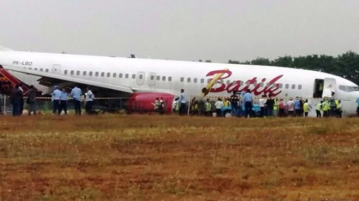 Batik air lionair group overrrun in jogyakarta pprune forums batik air flight route from jakarta to yogyakarta adisucipto airport slipping yogyakarta the aircraft landed outside the runway and passengers were stopboris Image collections