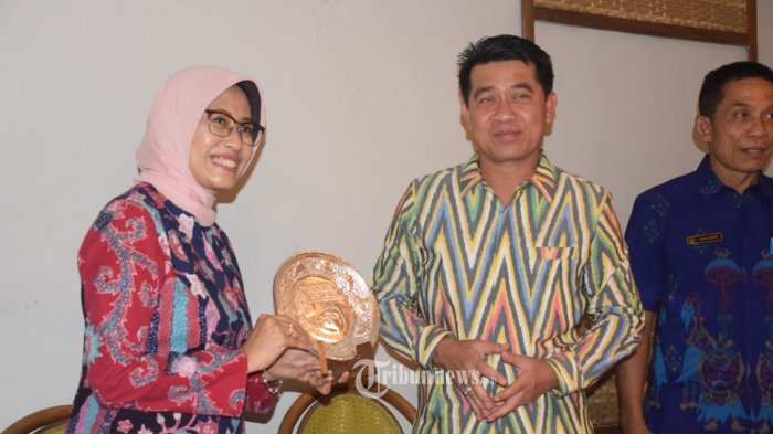 MoU TOSS Bupati Klungkung - Indonesia Power.