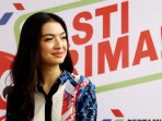 raline-shah-hadiri-peluncuran-spbu-pasti-prima_20151211_221705.jpg
