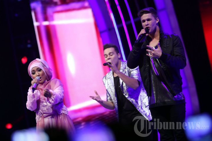 20130826_fatin-dan-the-collective-di-x-factor-around-the-world_3659.jpg