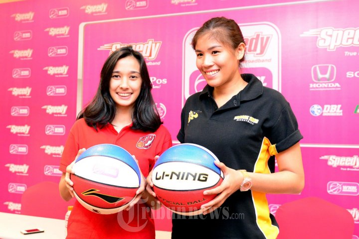 http://cdn-2.tstatic.net/tribunnews/foto/images/preview/20140423_100625_helena-tumbelaka-dan-fanny-kalumata-pemain-basket-indonesia.jpg