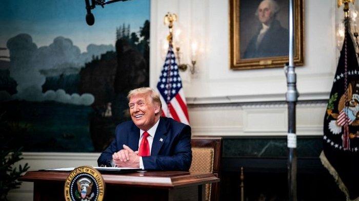 Donald Trump Dituding Berbicara Dengan Presiden Rusia Selama Penyerbuan Gedung Capitol AS
