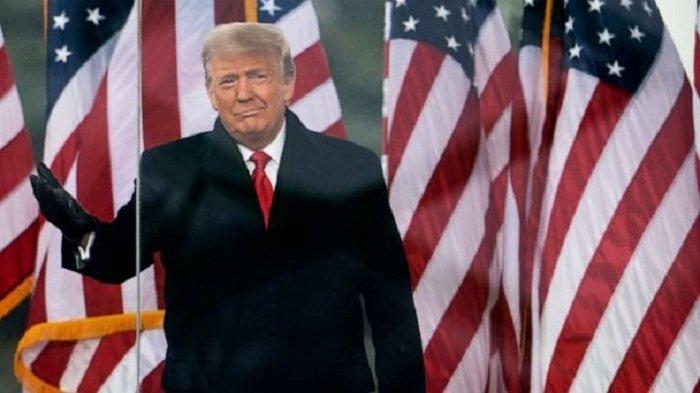 Partai Demokrat Ingin Larang Penamaan dan Perayaan Trump dan Blokir Uang Pensiun Seumur Hidup