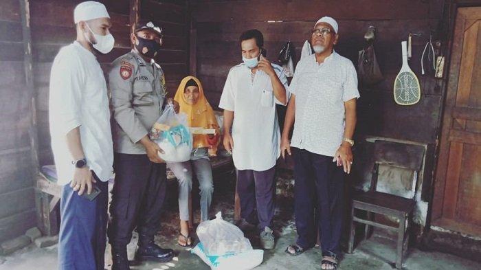 Komunitas Jumat Berkah Bantu Warga Lumpuh dan Janda Miskin di Aceh Tamiang