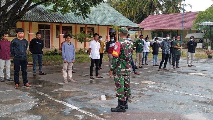 Babinsa Sosialisasikan Penerimaan Prajurit TNI AD, Jika Ada Pungli Laporkan ke Pihak Berwajib