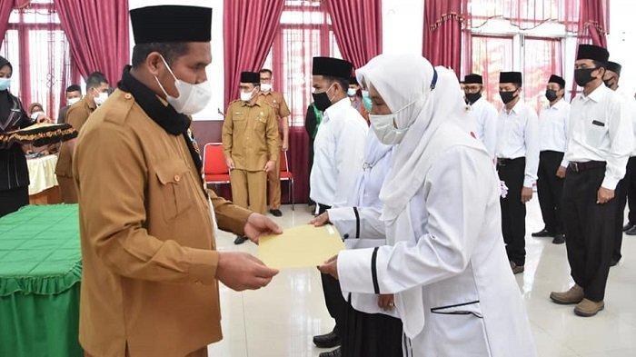 Sebanyak 42 Pegawai PPPK Bener Meriah Terima SK Pengangkatan