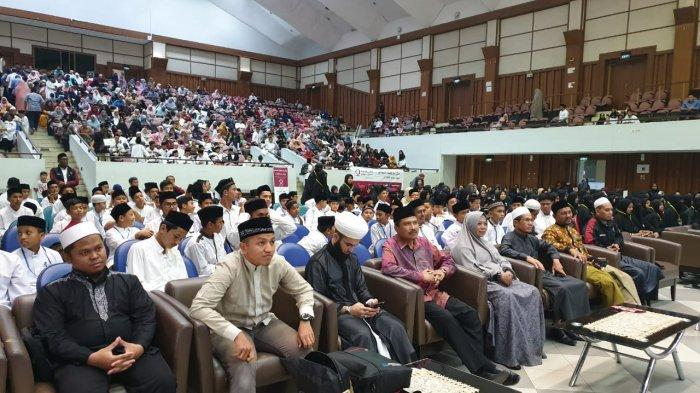 LT3Q Elmasudy Aceh Wisuda 700 Penghafal Alquran, Hadir Da'i asal Palestina