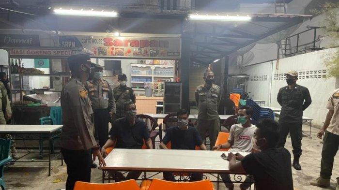 Nongkrong di Warkop Malam Hari, 9 Warga Terjaring Patroli Yustisi dan PPKM di Lhokseumawe & Diswab