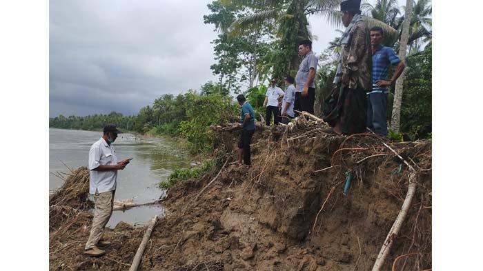 Abrasi Krueng Teunom Ancam Pemukiman Warga Pasie Geulima, Sejumlah Rumah Ditinggal Penghuni