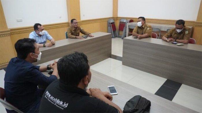 Diskominfotik Gelar Pertemuan dengan PT Acehlink Media