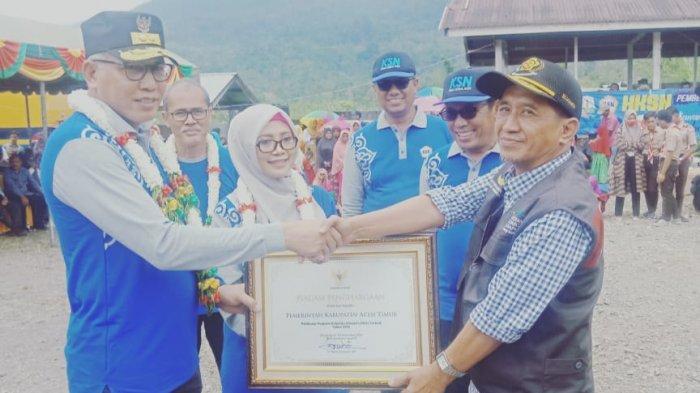 Pemkab Aceh Timur Raih Penghargaan sebagai Pelaksana PKH Terbaik 2019 dari Pemerintah Aceh
