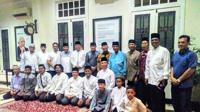 H  Adnan Ganto Jalani Operasi Medis di Singapura, Tokoh Aceh dan Anak Yatim Doa Bersama