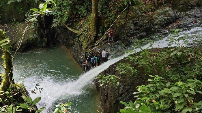 Warga Panton Luas Sawang Aceh Selatan Temukan Lokasi Wisata Air Terjun Serambi Indonesia