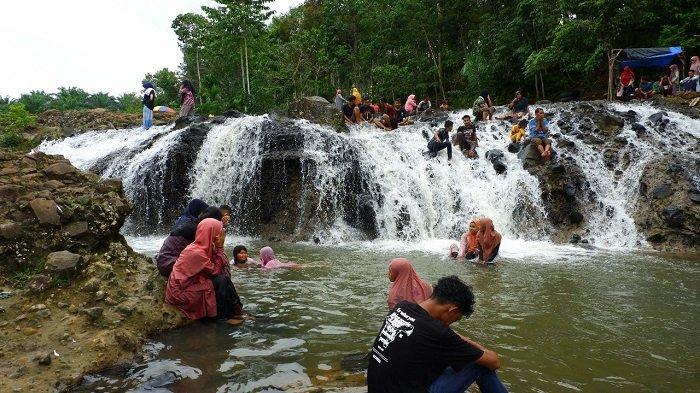 Menyingkap Keindahan Tersembunyi Air Terjun Rayap di Aceh Utara