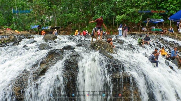 FOTO - Air Terjun Rayap Destinasi Wisata di Aceh Utara Yang Kembali Ramai Dikunjungi - air-terjun-rayap-di-aceh-utara-1.jpg