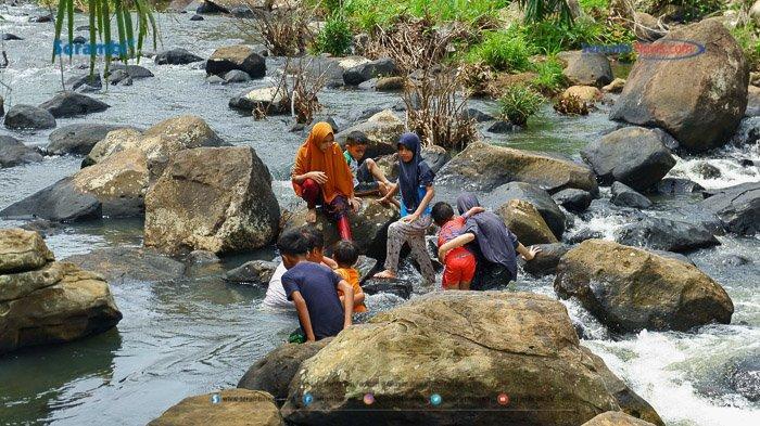 FOTO - Air Terjun Rayap Destinasi Wisata di Aceh Utara Yang Kembali Ramai Dikunjungi - air-terjun-rayap-di-aceh-utara-1112.jpg