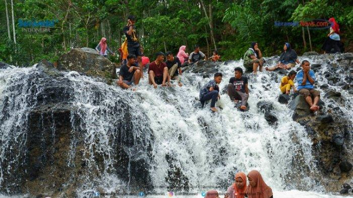 FOTO - Air Terjun Rayap Destinasi Wisata di Aceh Utara Yang Kembali Ramai Dikunjungi - air-terjun-rayap-di-aceh-utara-3.jpg