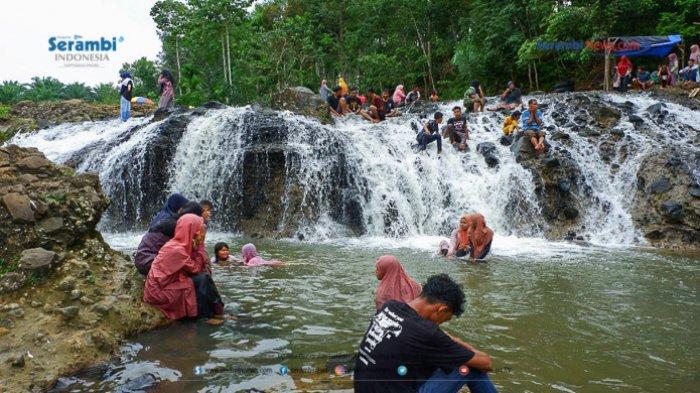 FOTO - Air Terjun Rayap Destinasi Wisata di Aceh Utara Yang Kembali Ramai Dikunjungi - air-terjun-rayap-di-aceh-utara-6.jpg