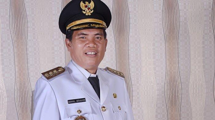 Bupati Aceh Barat Daya, Akmal Ibrahim SH.
