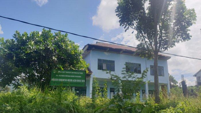 Gedung AKN Abdya Terbengkalai, Ini Permintaan Anggota DPRK dan Tanggapan Sekda