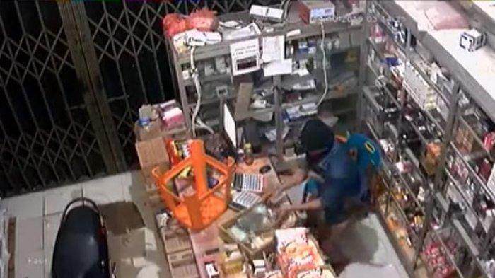 BREAKING NEWS: Enam Maling Bersebo Bawa Golok saat Beraksi di Toko Grosir Subulussalam Terekam CCTV