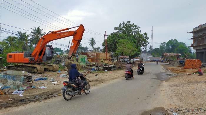 Pembangunan Jembatan Ganda Idi Dimulai, Kios Telah Dibongkar