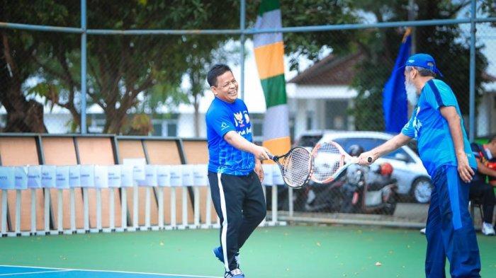 Tampil Gemilang, Aminullah Antar Pemko ke Semifinal Tenis Wali Kota Cup