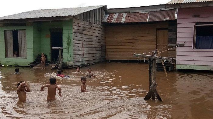 Waspadai Bahaya Banjirdi Tengah Wabah Covid-19
