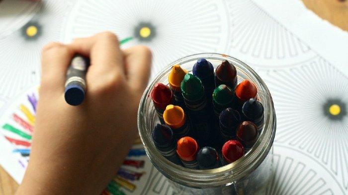 Sering Dilakukan, Ketahui 8 Manfaat Luar Biasa Menggambar untuk Anak