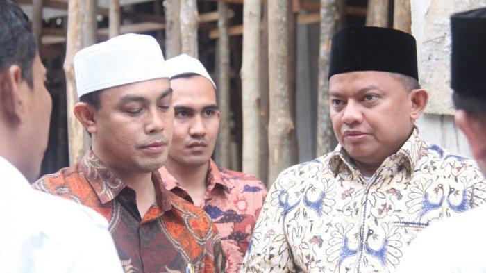 Anggota Komisi V DPR-RI dari Gerindra Kunjungi Dayah Darul Munawwarah Kuta Krueng
