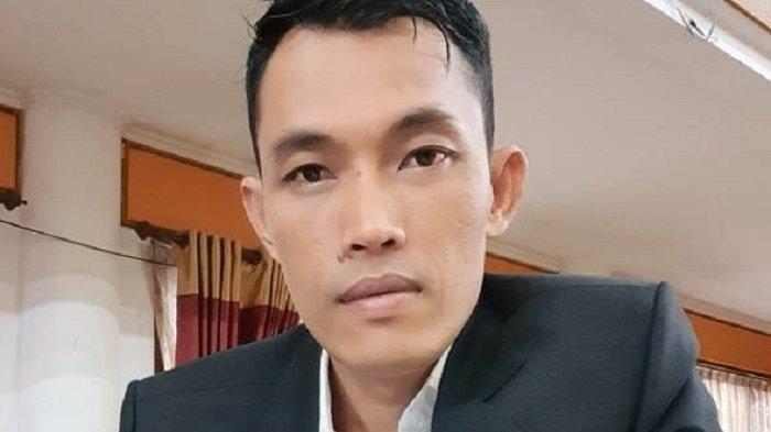 Anggota DPRK Aceh Selatan Pertanyakan Kriteria Mobil yang Berhak Ditempel Stiker