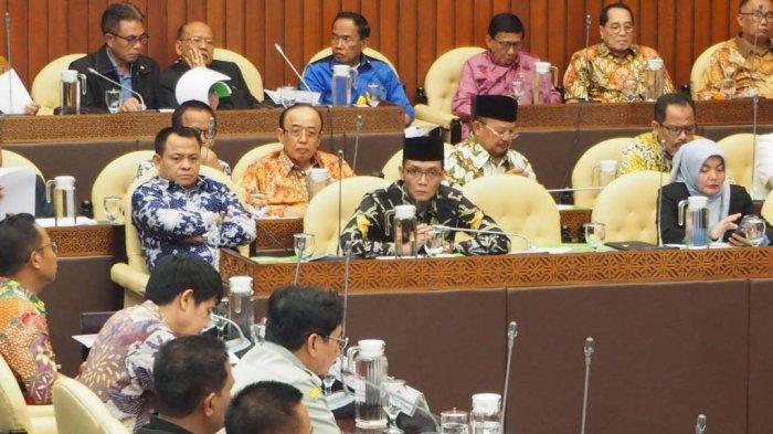 Dalam Rapat Kerja di DPR, TA Khalid Minta Penambahan Alokasi Kuota Pupuk Bersubsidi ke Aceh
