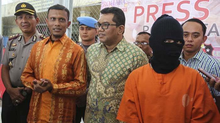 VIDEO - Temui Germo Prostitusi Online, Anggota DPR Aceh Tanya Nama Pejabat