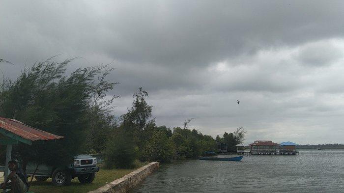 Angin Kencang Terpa Wilayah Singkil