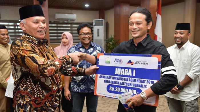 Pemerintah Aceh Serahkan Anugerah Jurnalistik Aceh Hebat 2019, Ini Para Pemenangnya