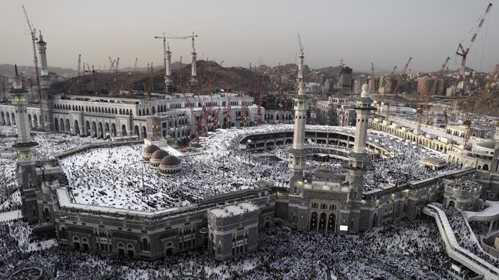 Jadi Saksi Sejarah Perkembangan Islam, Ini 7 Masjid Tertua di Dunia