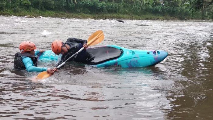 Arung Jeram Aceh Timur Kirim Personel ke Jawa Tengah untuk Ikut Kursus Kayak Arus Deras