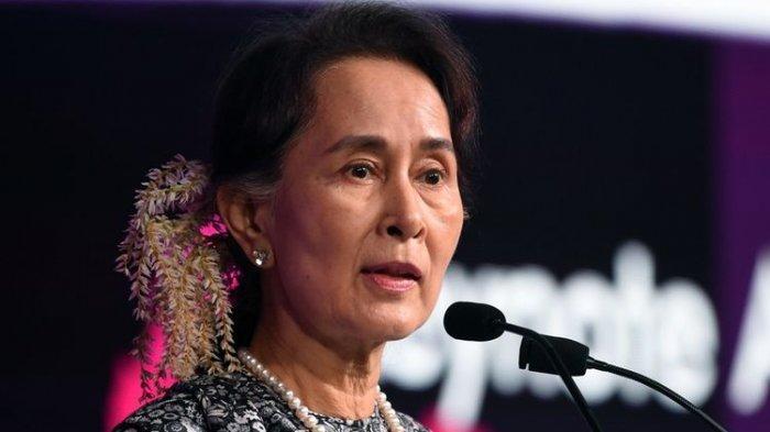 Militer Myanmar Bebaskan 400 Orang, Aung San Suu Kyi Tetap Ditahan