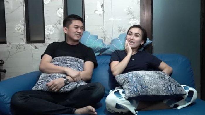 Ayu Ting Ting dan Adit Jayusman, Saat Batalkan Pernikahan: Kaya Roda Gak Ketemu
