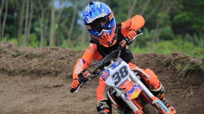 Crosser Cilik Asal Aceh Berjibaku dengan Pembalap Nasional Lainnya di Ajang Bodisa GTX Championship