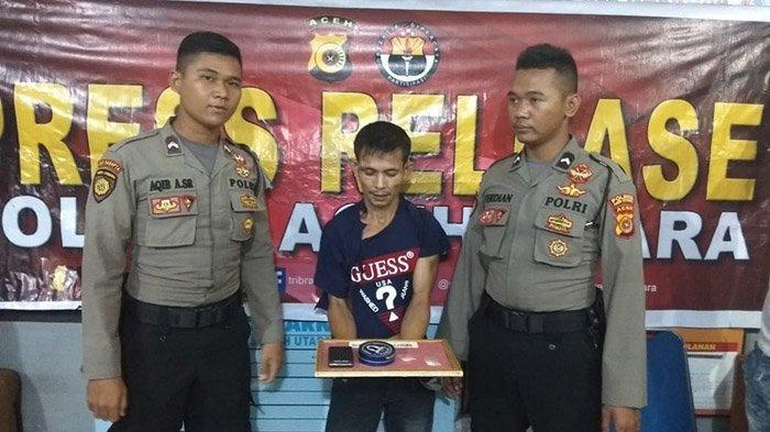 Bandar Sabu Gigit Anggota Polres Aceh Utara saat Ditangkap Seusai Transaksi di Belakang Mobil Polisi