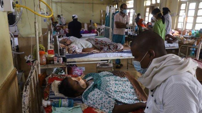 Seorang Pasien Corona Meninggal, Dokter Bangsal Covid-19 Ditendang dan Dipukuli Massa