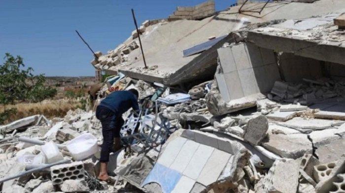 Jet Tempur Suriah Bombardir Pemberontak di Idlib, 10 Orang Tewas