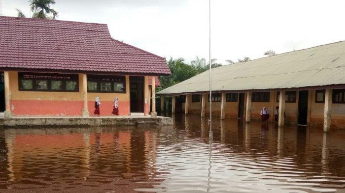 Sudah Empat Hari Singkil Terendam Banjir, Apa Kabar Mega Proyek Tanggul Penahan Banjir?