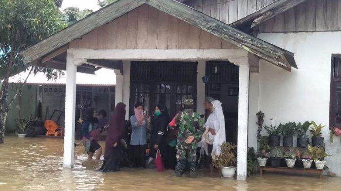 Hujan Lebat dan Angin Kencang,Seratusan Rumah di Abdya Terendam Banjir