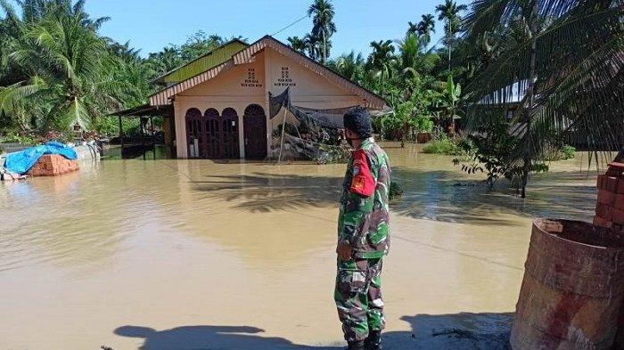 Banjir Kepung 4 Desa di Nagan Raya, Jalan dan Rumah Terendam, Krueng Tripa Meluap